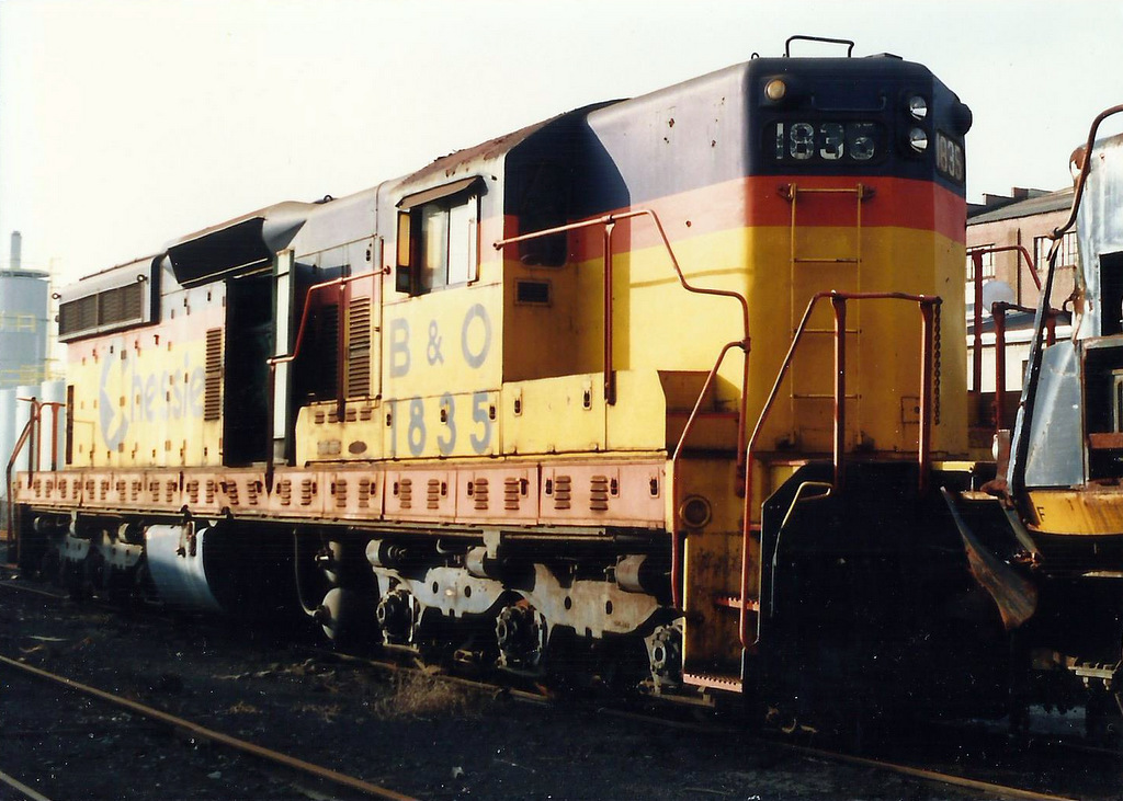 Chessie SD7 1835 at Huntington, WV