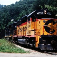 Chessie GP40-2 on mine run at Jenkins, KY, 1982 -Jay Thompson