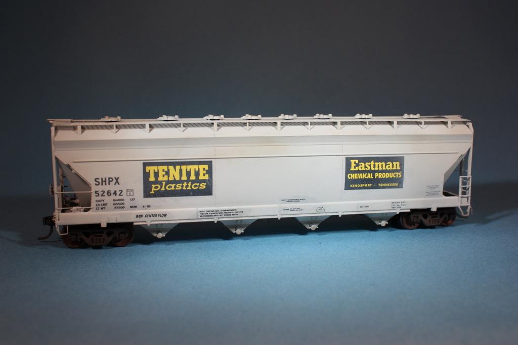 eastman hopper brent johnson chemical covered shpx kodak railroad