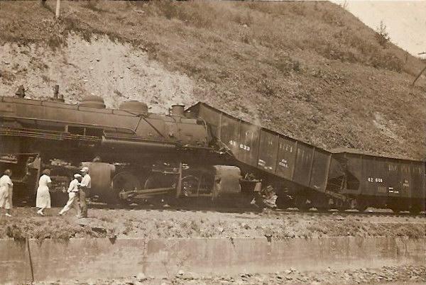CRR steam-era wreck
