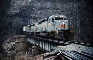 L&N SD40 leading TOFC train at Morley, TN, Jan 1979 -Jay Thompson