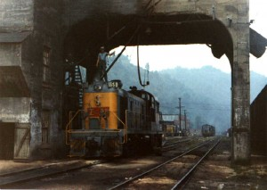 L&N RS3 at Hazard, KY, Aug 1967 -Ron Flanary