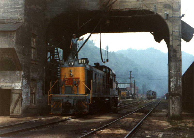 L&N RS3 157, Hazard, KY