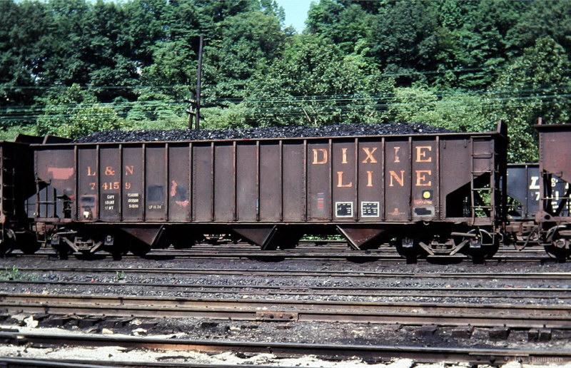 L&N 70T Hopper, Hazard, KY