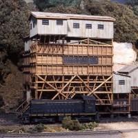 Coal tipple in HO by John Wilkes