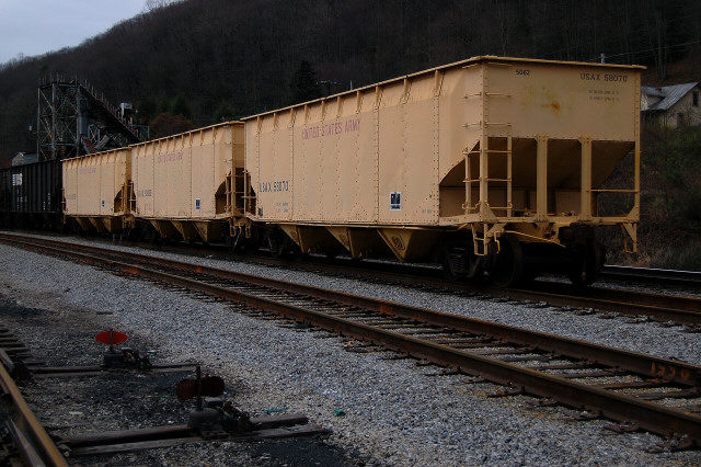 US Army hoppers, Norton, VA