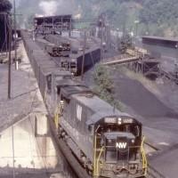 NS C36-7 8504 at Dismal Jct, VA