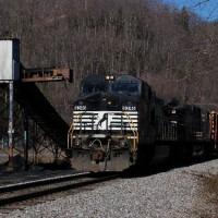 NS train at Blackwood, VA