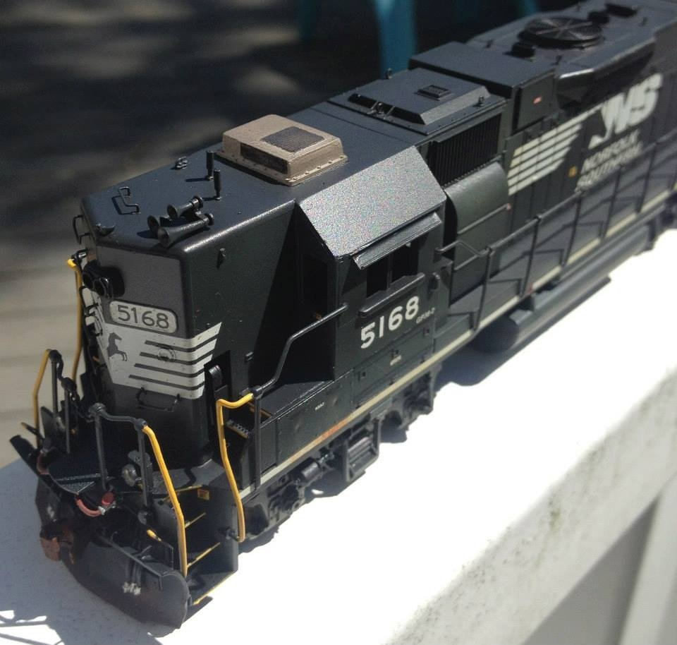 NS HO scale GP38-2 model by Jason Koglin