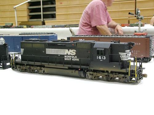 NS SD40 in HO by Greg Davis