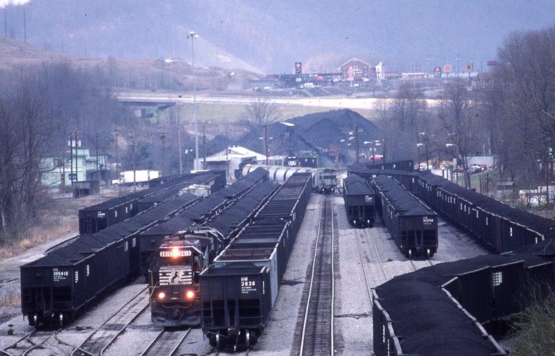 Nw Norton Yard Brakes And Tight Tunnels Appalachian Railroad Modeling