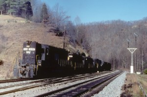 Mixed N&W 4- and 6-axles at Home Creek, VA, Nov 1981 -Everett Young