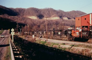 N&W coal train, Tacoma, VA, Apr 79 -Jay Thompson