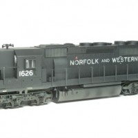 N&W SD40-2 in HO by Bob Harpe