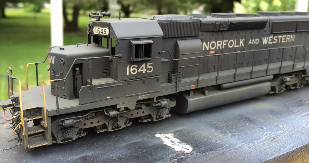 NW HO scale SD40-2 model by Jason Koglin