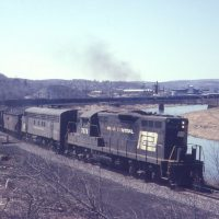 PC GP9 7076 on point at Clearfield, PA