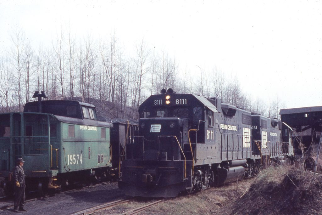 PC GP38-2 8111 at Leland No 10, PA