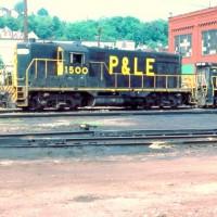 P&LE GP7 1500 at McKees Rocks, PA