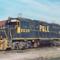 P&LE GP38 2039, McKees Rocks, PA