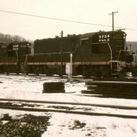 P&LE GP7s, Brownsville, PA