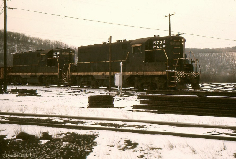 P&LE GP7s, Brownsville, PA