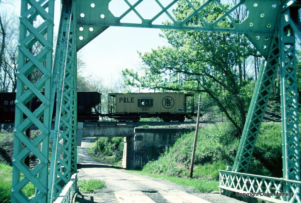 P&LE cab 501, Homeville, PA