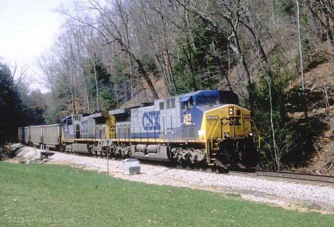 CSX 263 on RJC near Pax, WV