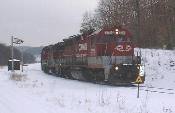 RJC GP38 7710 at Stifflertown, PA