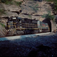 SBD ex-SCL SD45 2024 at Typo Tunnel, KY