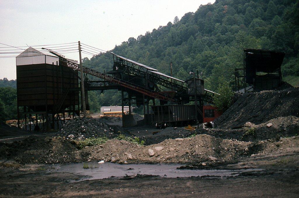 SBD Harbert Construction Co coal loader at Duane, KY