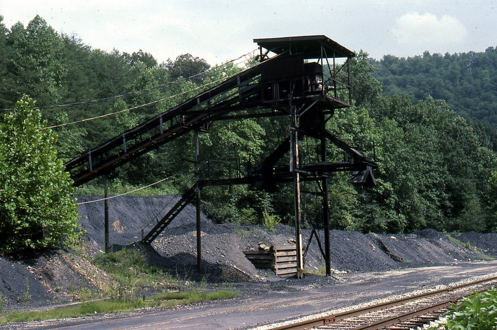 SBD Whitesburg coal loader Stewart, KY