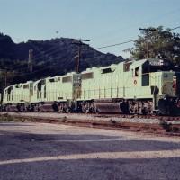 SECX GP38-2 3822 at Ecco, KY