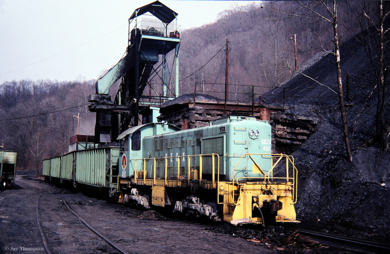 SECX S2 400 and tipple at Belcraft, KY