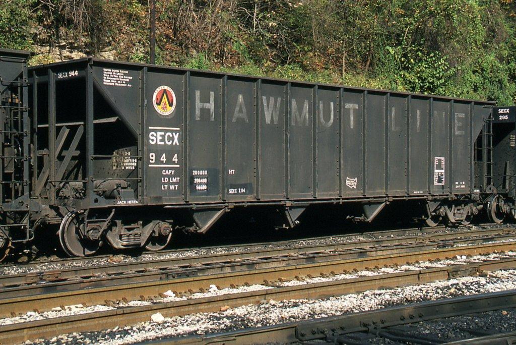 SECX Hopper 944 at Hazard, KY