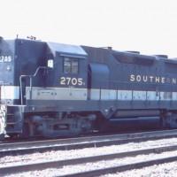 Southern GP35 2705