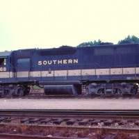 Southern GP38 2768 in Alabama