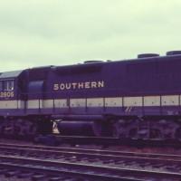 Southern GP38 2806