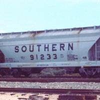 Southern 2-bay ACF Centerflow covered hopper, FL