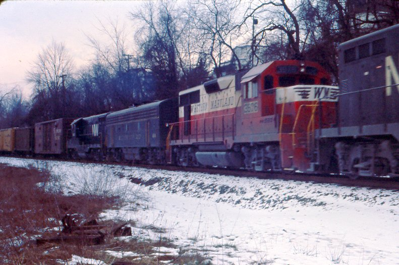 WM GP35 and F7B at Oak, PA