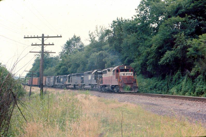 WM GP35 3579 near Oak, PA